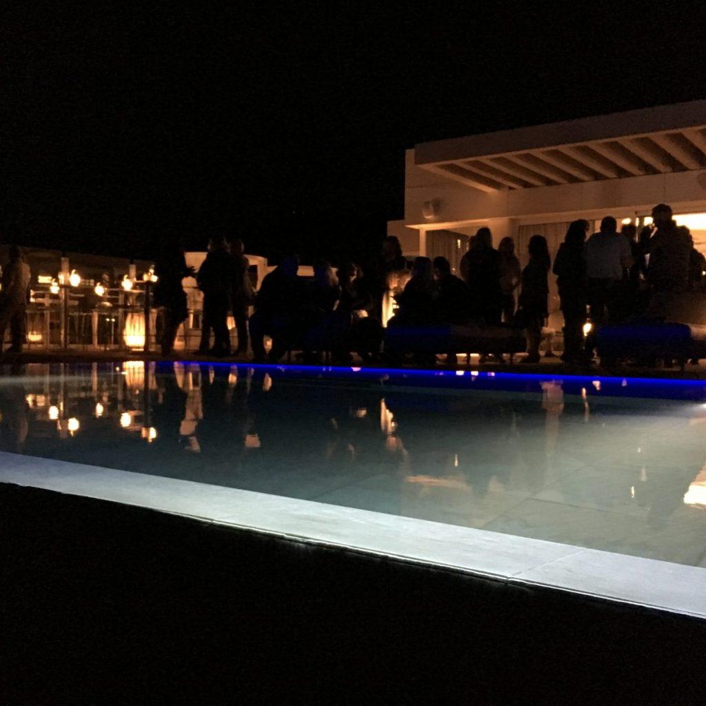 Tira LED acuática iluminación piscina