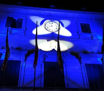 iluminación fachada Ayuntamiento santany